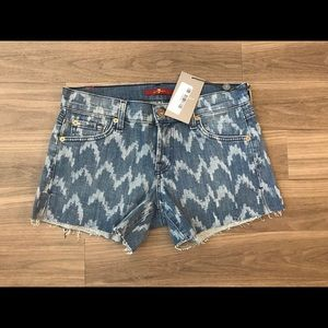 NWT 7 For All Mankind Shorts